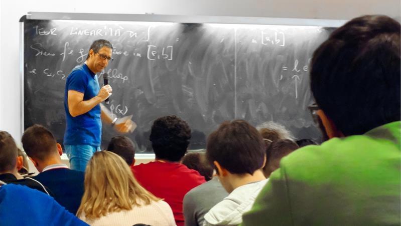 Analisi Matematica  I- indicazioni per prenotarsi agli appelli d'esame