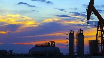 """""""Petrolio, il crollo dei prezzi rafforza la trasformazione energetica"""""""