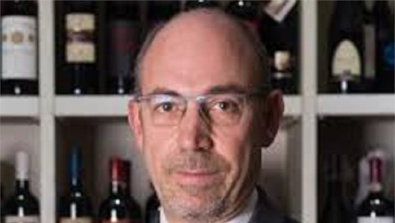 """Professione Enogastronomo II con il dott. Carlo Dugo """"La filiera del vino: descrizione generale del settore e delle opportunità"""""""