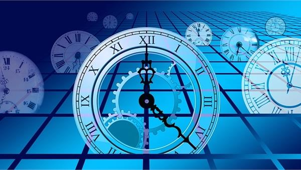 Viaggio nel tempo della Fisica e nella Fisica del tempo