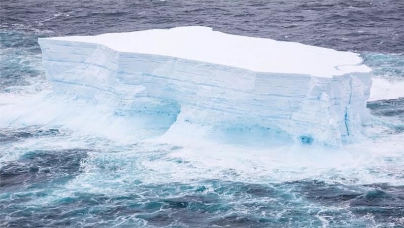 Scioglimento Iceberg più grande del mondo: il prof. Massimo Frezzotti ne parla su Radio3 Rai