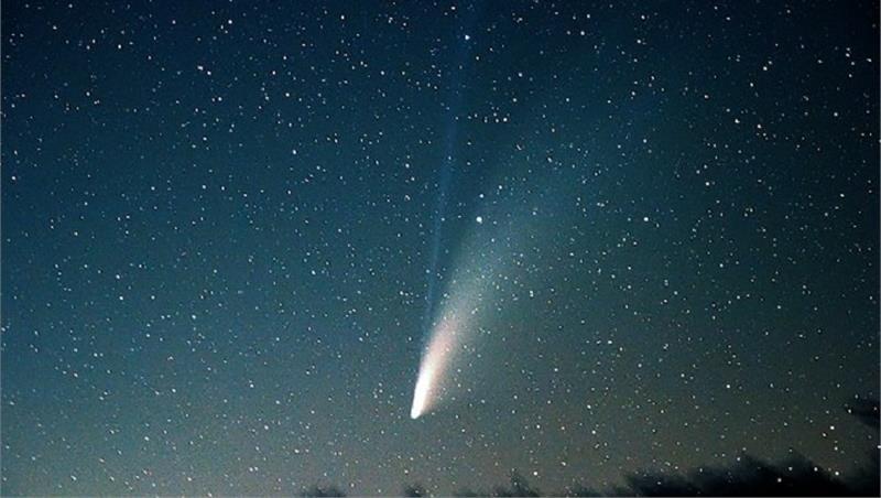 Messaggero celeste: la cometa NEOWISE (C2020F3), un viaggiatore dalle regioni estreme del Sistema solare