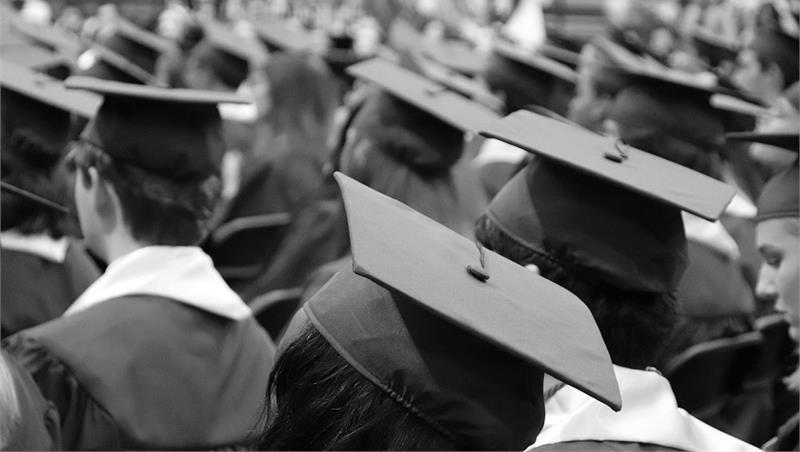 Il 25 marzo si inaugurano le sedute di laurea online. Si inizia con Biologia